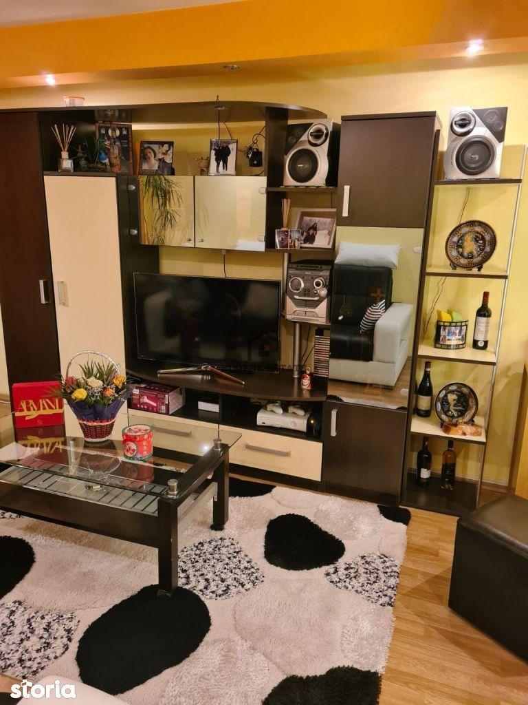 Apartament 3 camere utilat modern - Zona Antiaeriana