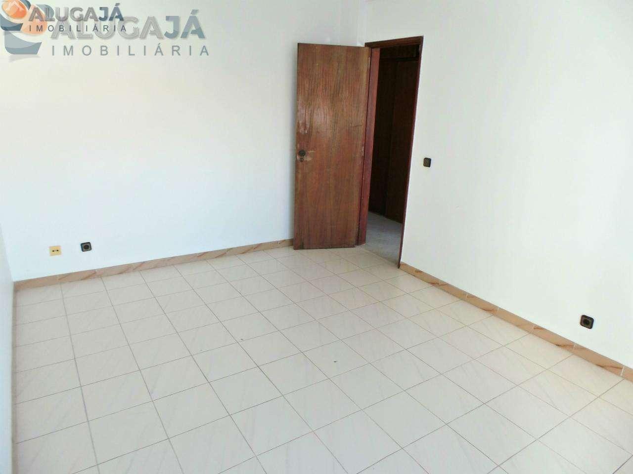 Apartamento para comprar, Travessa Doutor João de Barros - Mercês, Algueirão-Mem Martins - Foto 8
