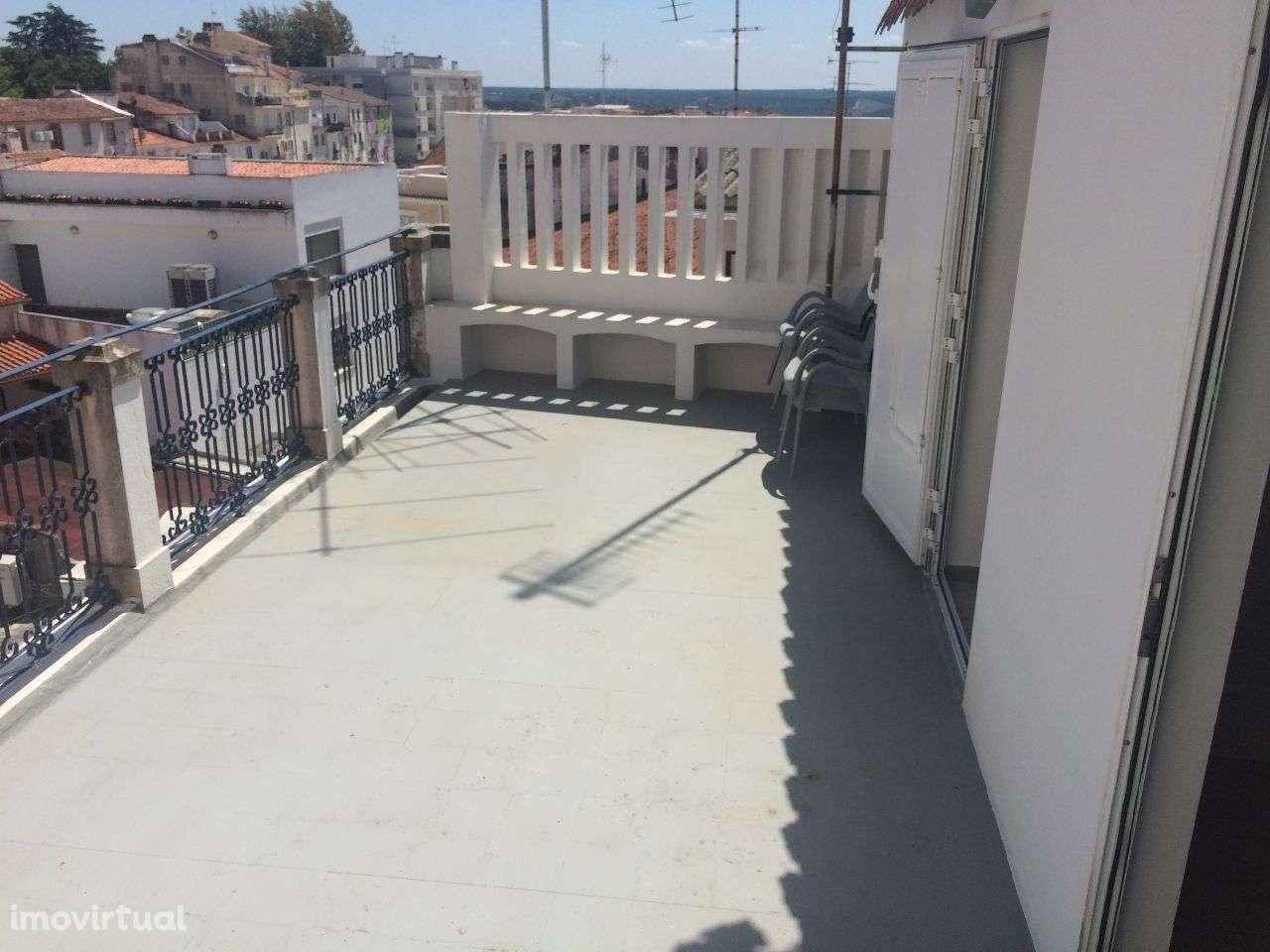 Apartamento para arrendar, Abrantes (São Vicente e São João) e Alferrarede, Santarém - Foto 1