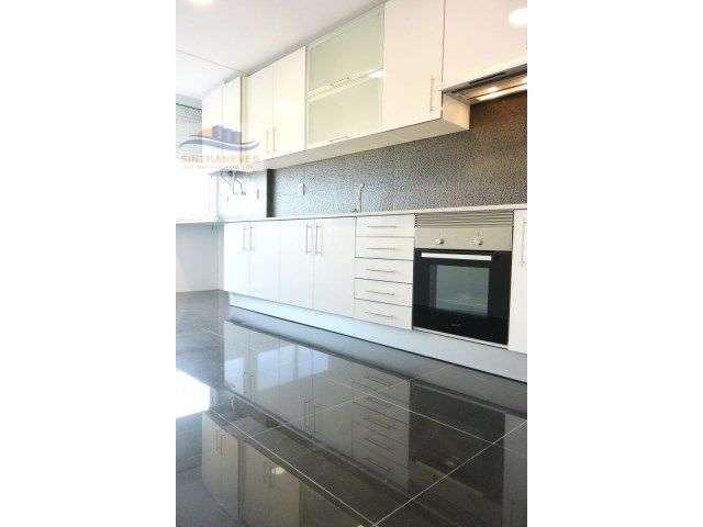 Apartamento para comprar, Rua João XXI, Venteira - Foto 1