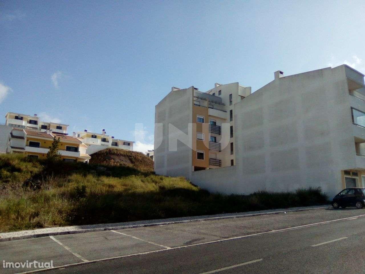 Terreno para comprar, Mina de Água, Lisboa - Foto 1
