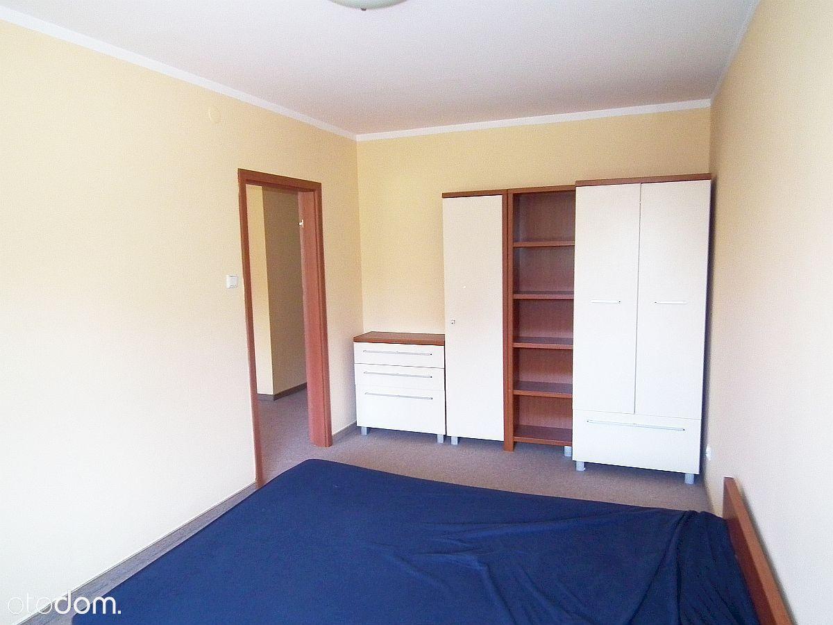 Świebodzice, 2 pokoje, umeblowane.