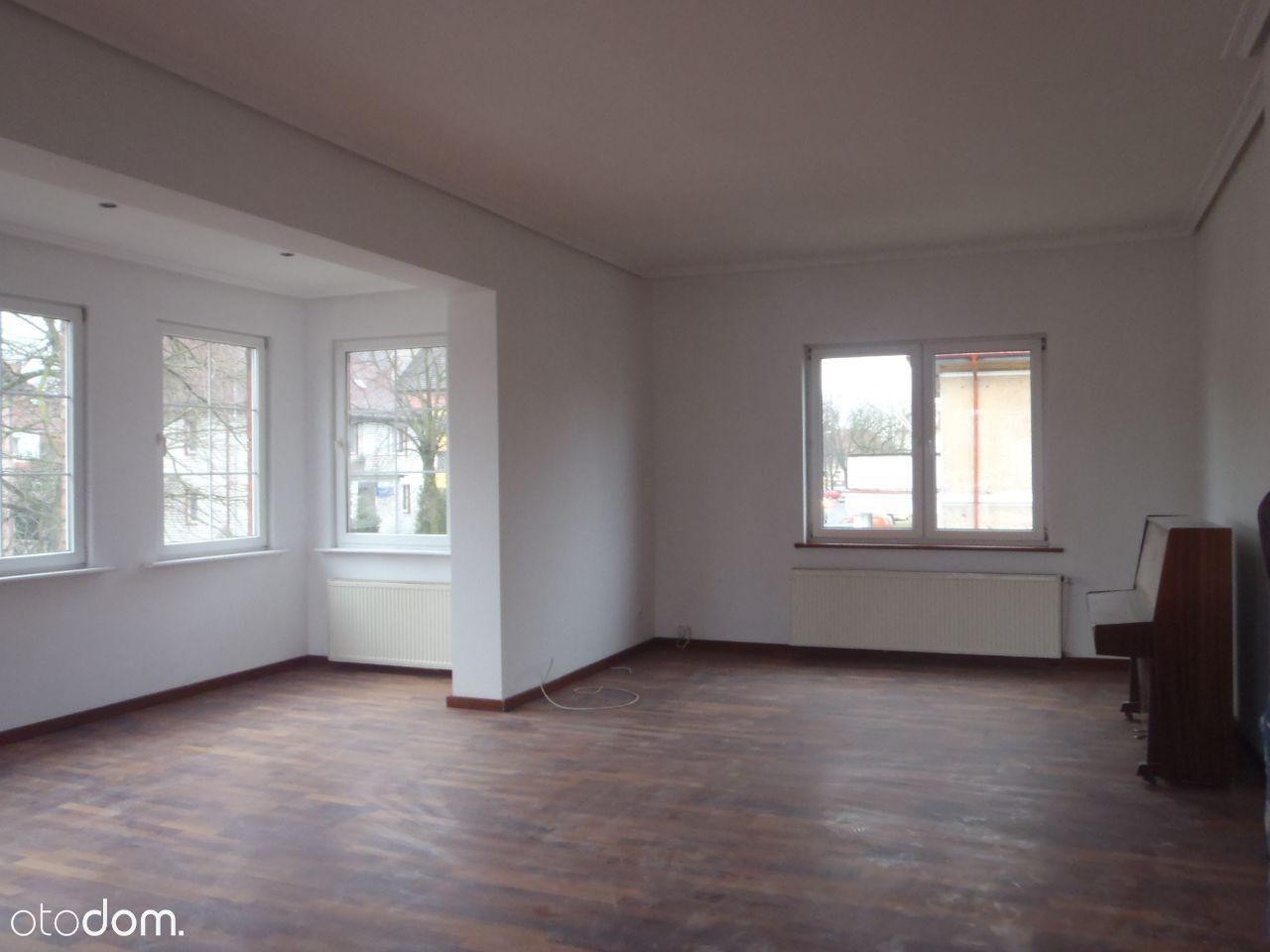 Mieszkanie na I piętrze w Kamienicy