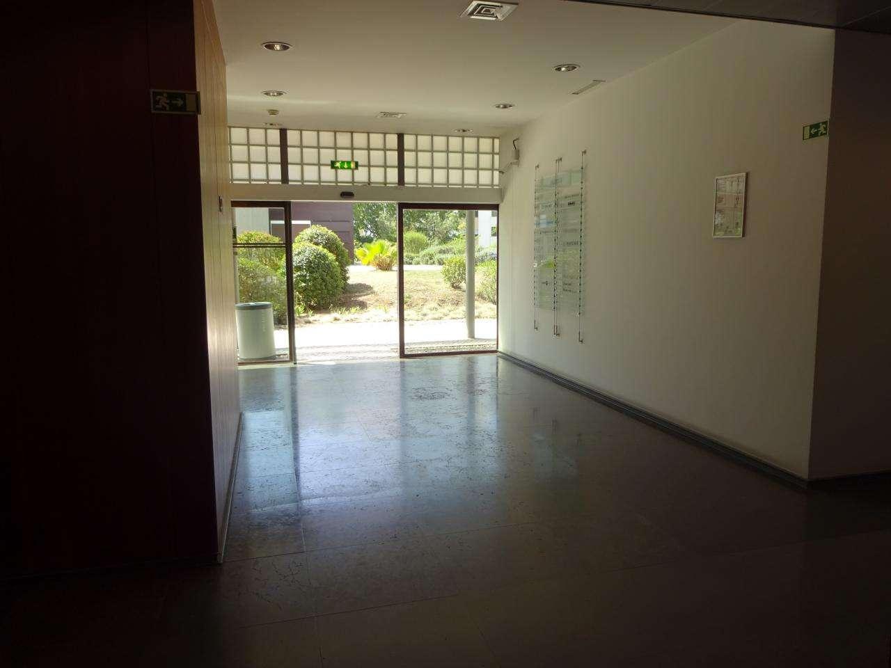 Escritório para comprar, Carnaxide e Queijas, Lisboa - Foto 7