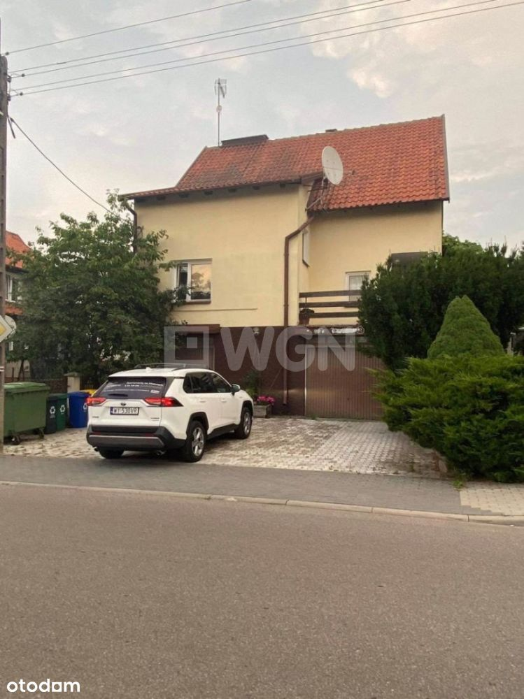 Dom, 230 m², Olecko