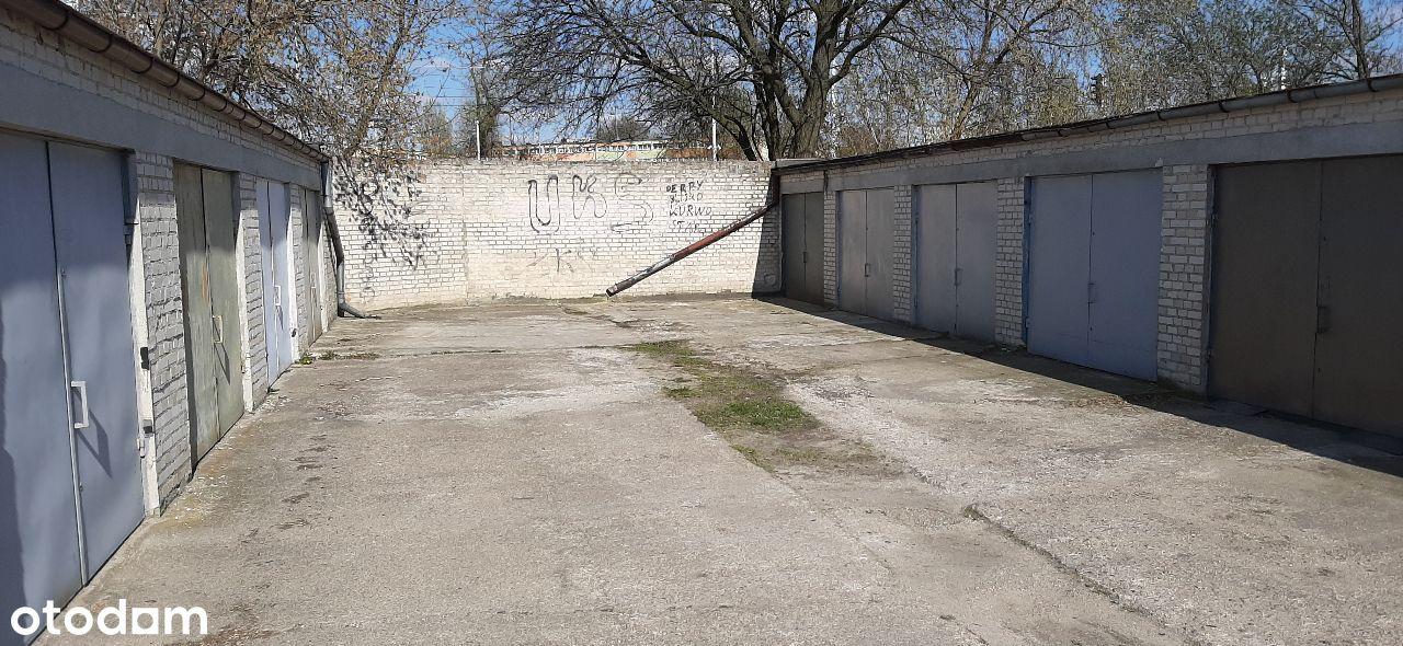 Sprzedam murowany garaż18m na osiedlu Teofilów