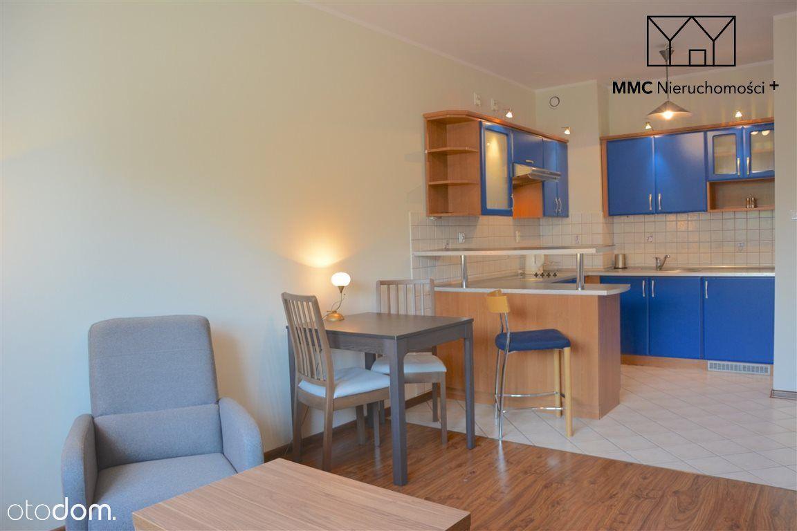 2 pokoje w apartamencie na ul. Jesionowej Katowice