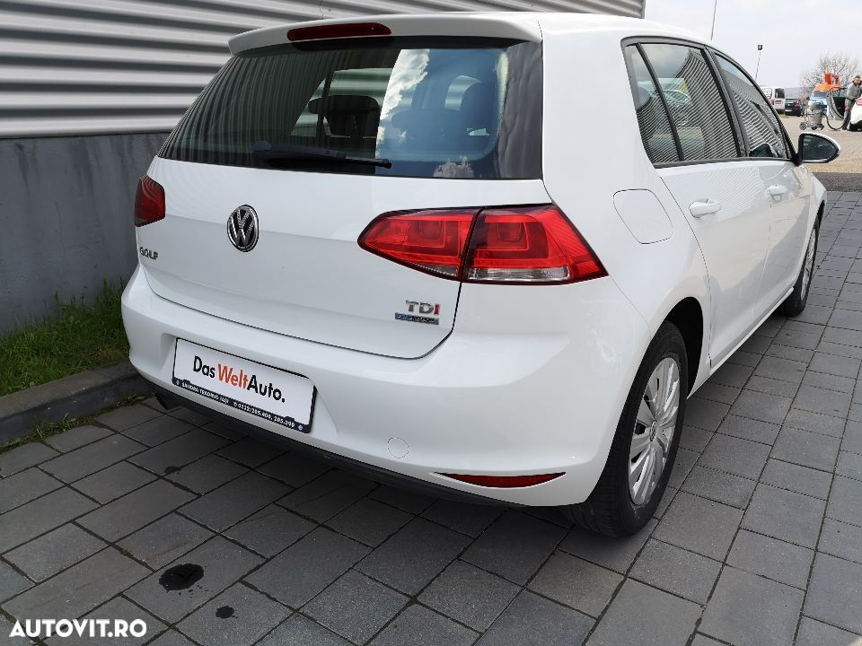 Volkswagen Golf - 13