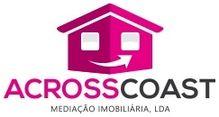 Este prédio para comprar está a ser divulgado por uma das mais dinâmicas agência imobiliária a operar em Portimão, Faro
