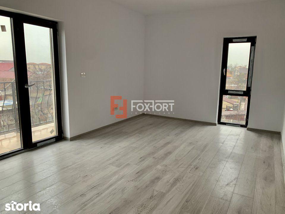 Apartament cu doua camere de vanzare   Centrala proprie   Giroc