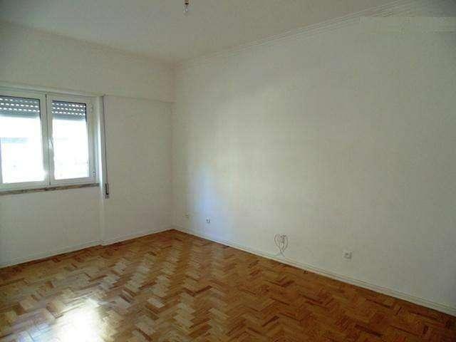 Apartamento para arrendar, Póvoa de Santo Adrião e Olival Basto, Lisboa - Foto 2