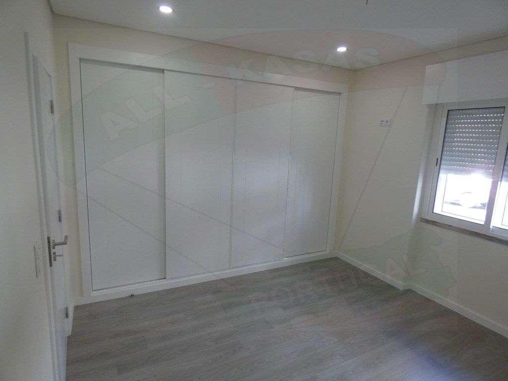Apartamento para comprar, Rua Elias Garcia, Falagueira-Venda Nova - Foto 1