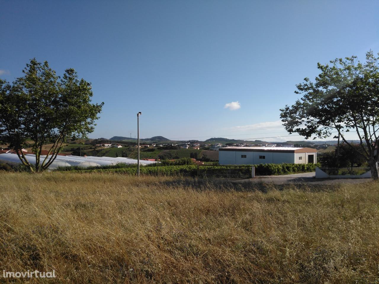 Terreno Urbano com 698m²