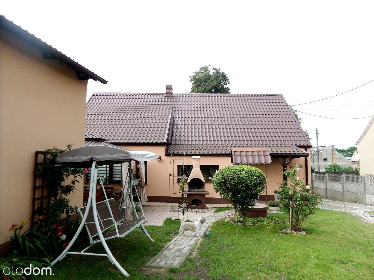 Dom wolnostojący w Połajewie/garaż/centrum