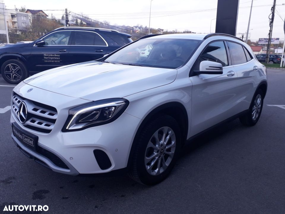 Mercedes-Benz GLA 200 - 3