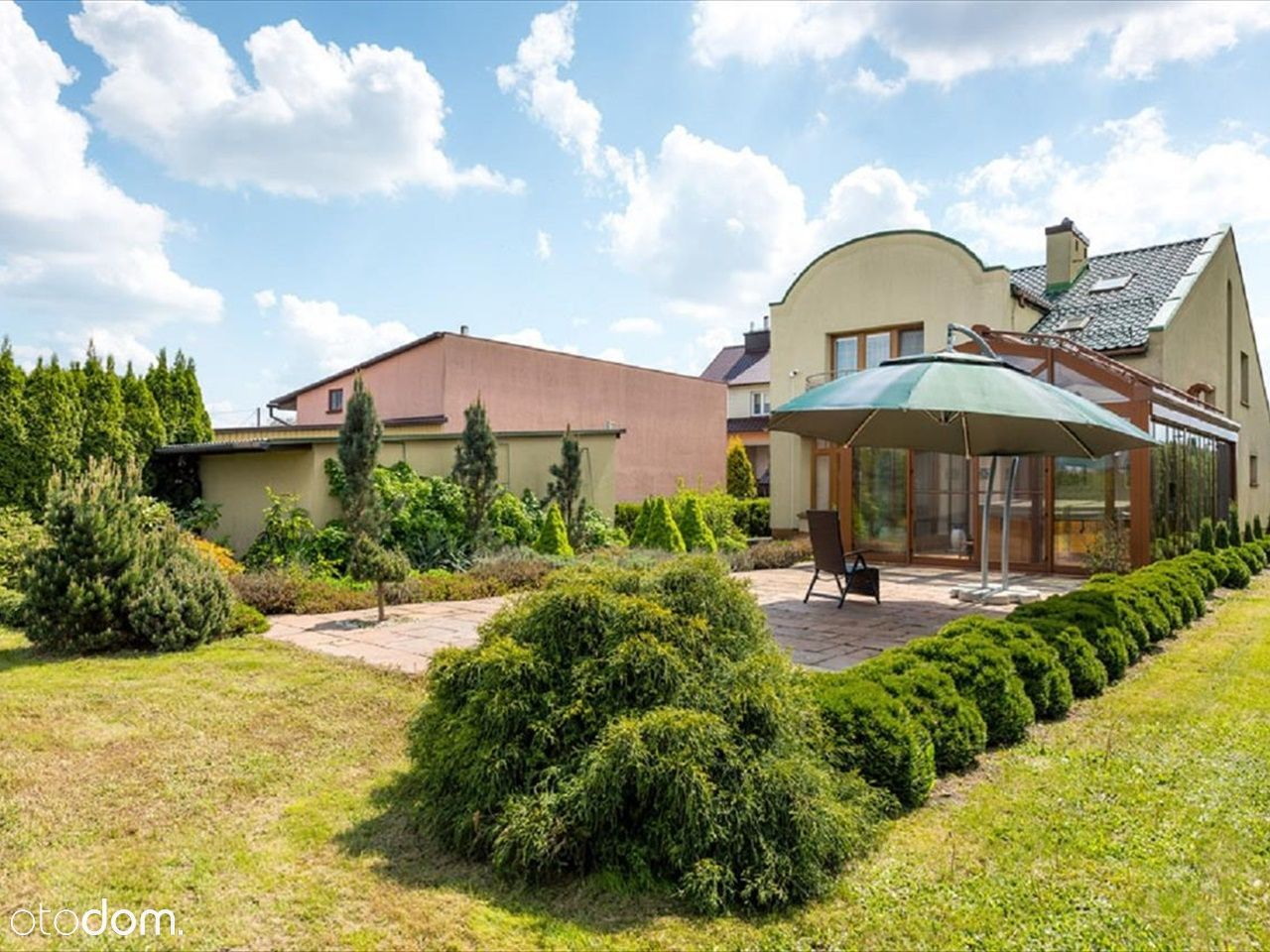 Ponadczasowy dom na przedmieściach Rzeszowa