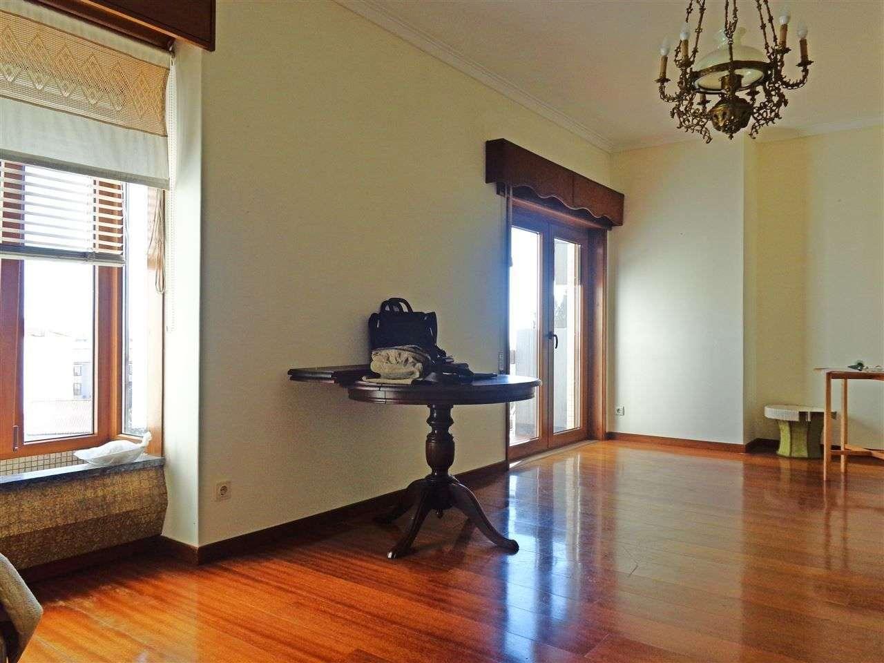 Apartamento para comprar, Rua Júlio de Lemos, Viana do Castelo (Santa Maria Maior e Monserrate) e Meadela - Foto 4