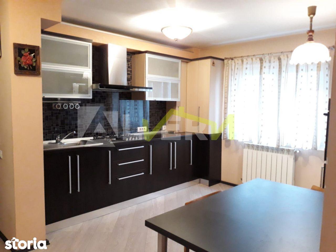 Apartament 2 camere 65mp + balcon, Zona Nerva Traian - Mall Vitan