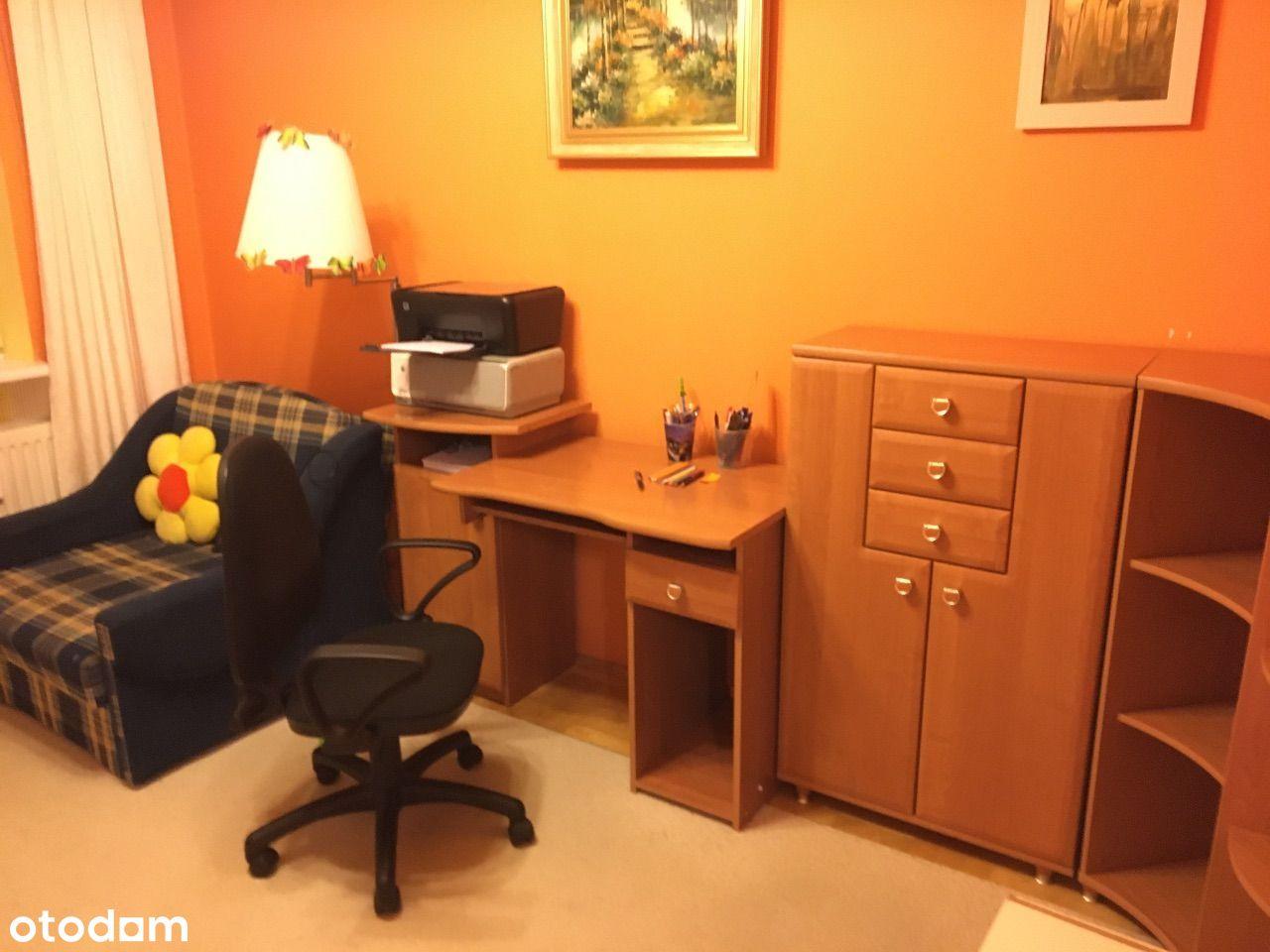 Pokój lub dwa pokoje do wynajęcia blisko Centrum.