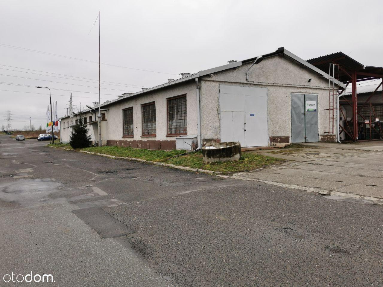 Budynek biurowo-magazynowy + wiata ok. 1tys m2