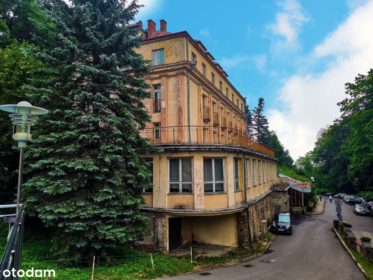 Dom wczasowy, Hotel do remontu w Iwoniczu-Zdroju