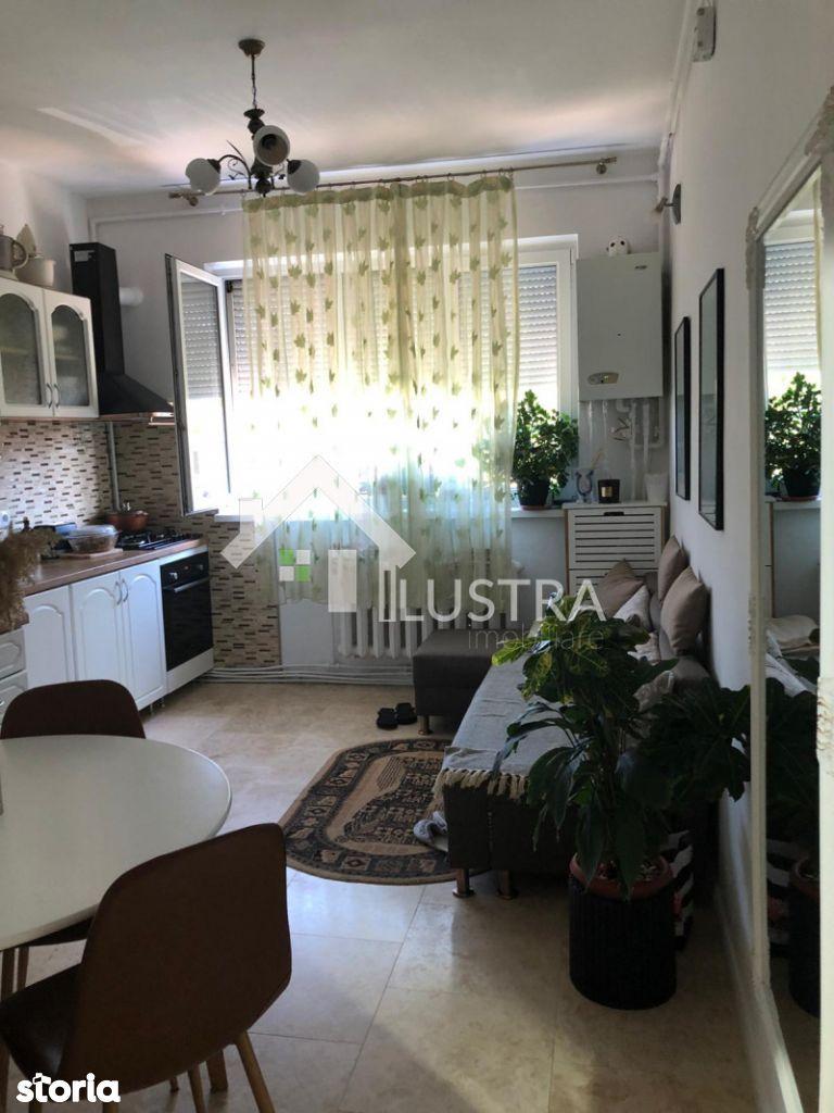 Apartament, 2 camere,  de vânzare, în Gruia
