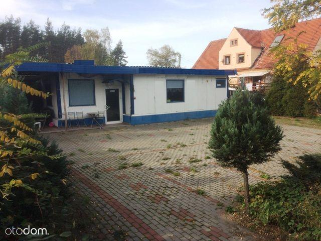 Budynek handlowo-usługowy-Raszowa
