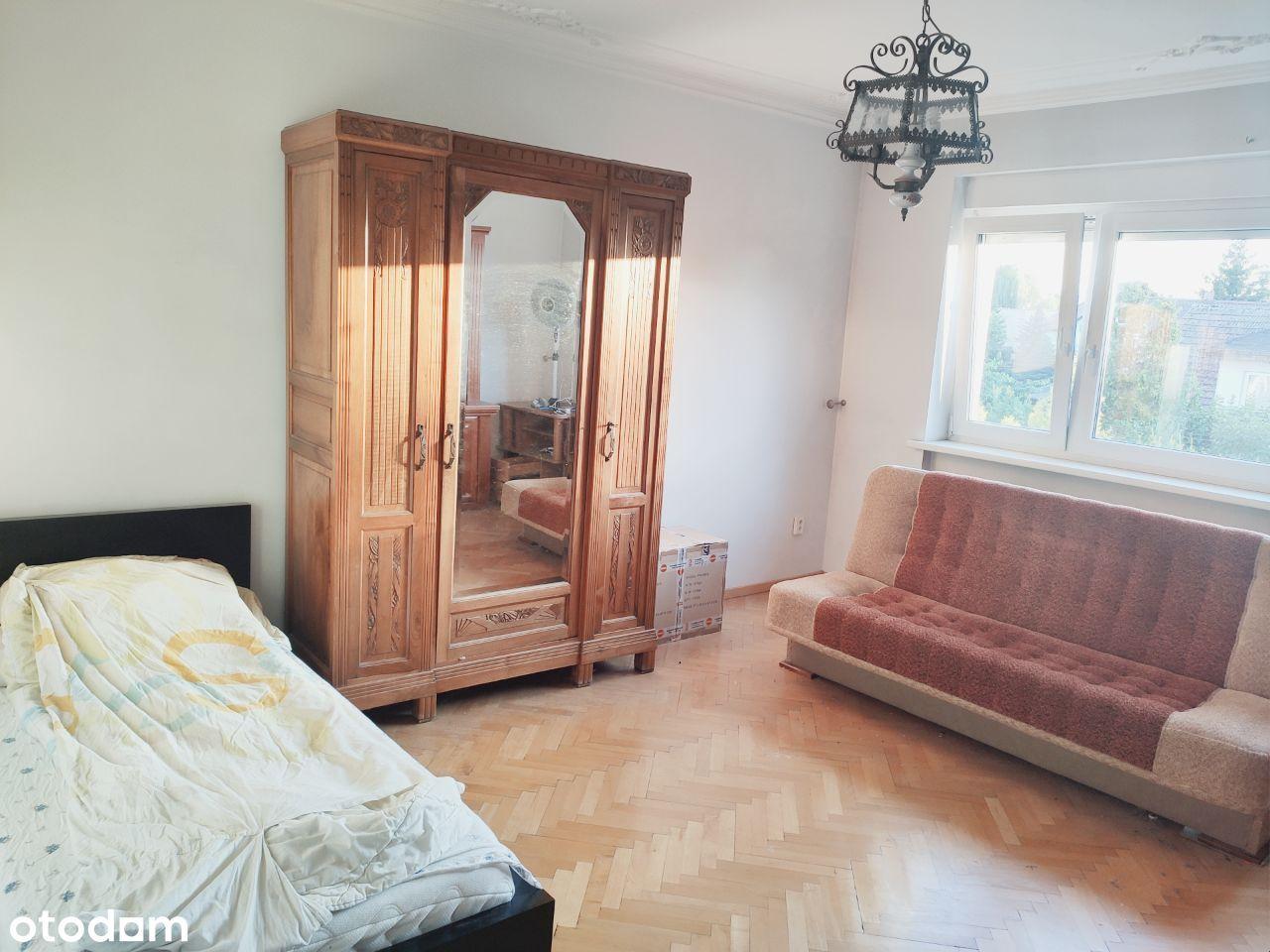 Miejsce w pokoju 2 osobowym w domu jednorodzinnym