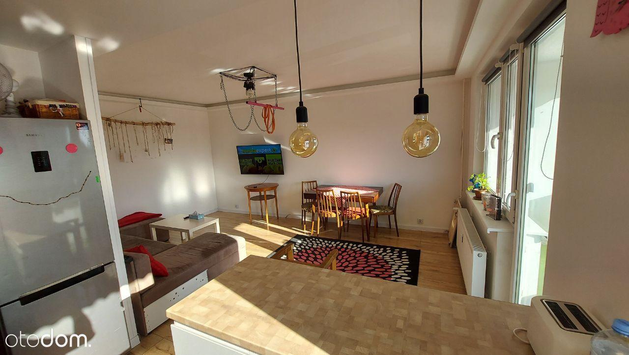 Sprzedam mieszkanie 62m w Cieszynie os. Piastowski