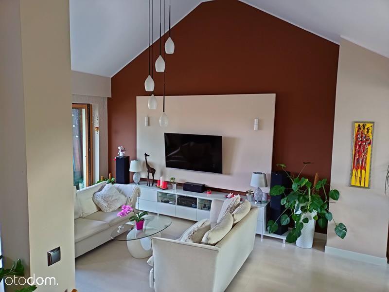 Wyjątkowe 4-poziomowe mieszkanie + garaż + ogródek