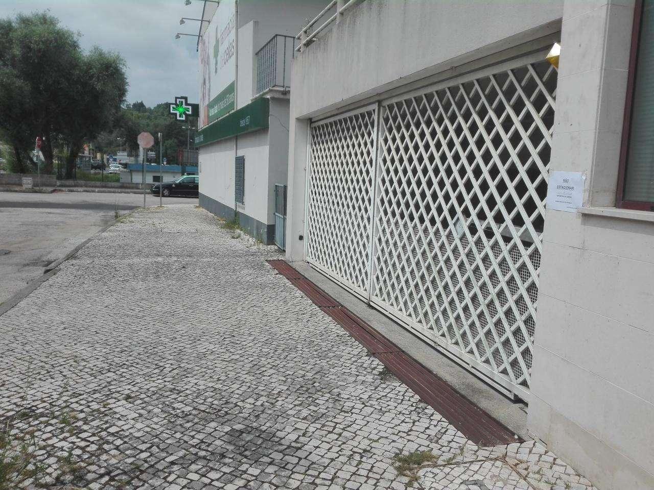 Garagem para arrendar, Coimbra (Sé Nova, Santa Cruz, Almedina e São Bartolomeu), Coimbra - Foto 1