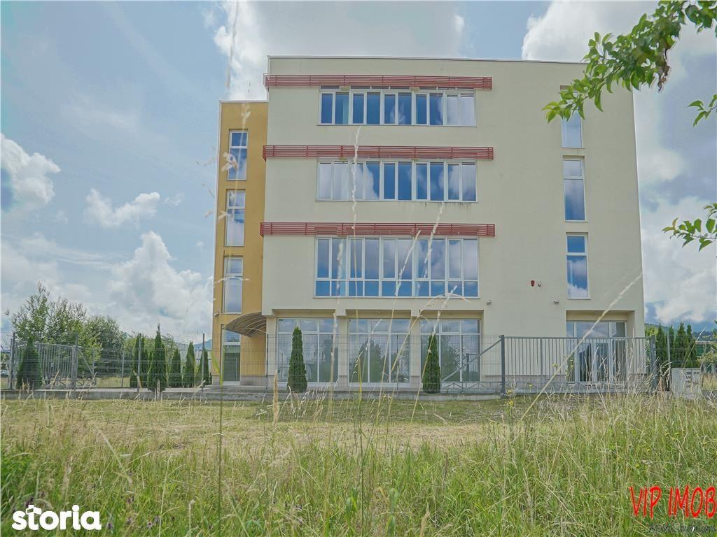 Cladire de birouri\/clinica\/magazin prezentare in Brasov, zona Cale