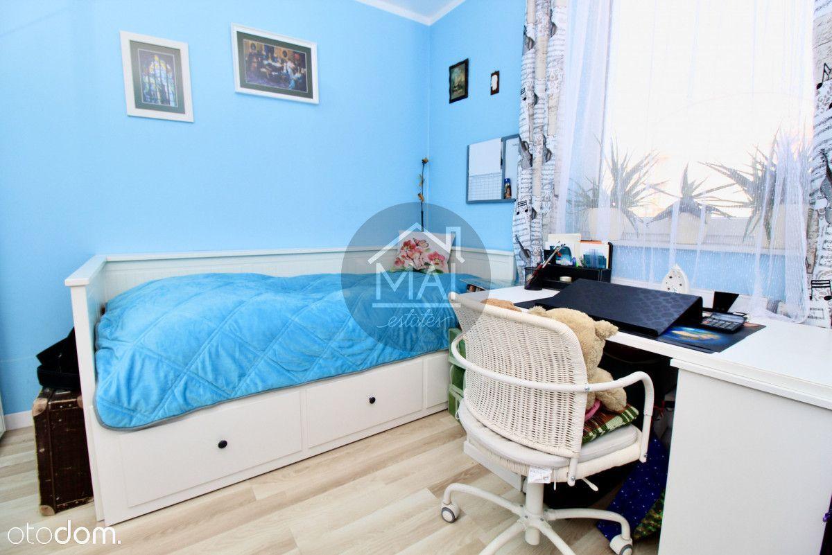 Salon z aneksem+2 sypialnie - 2 balkony- Żabiniec