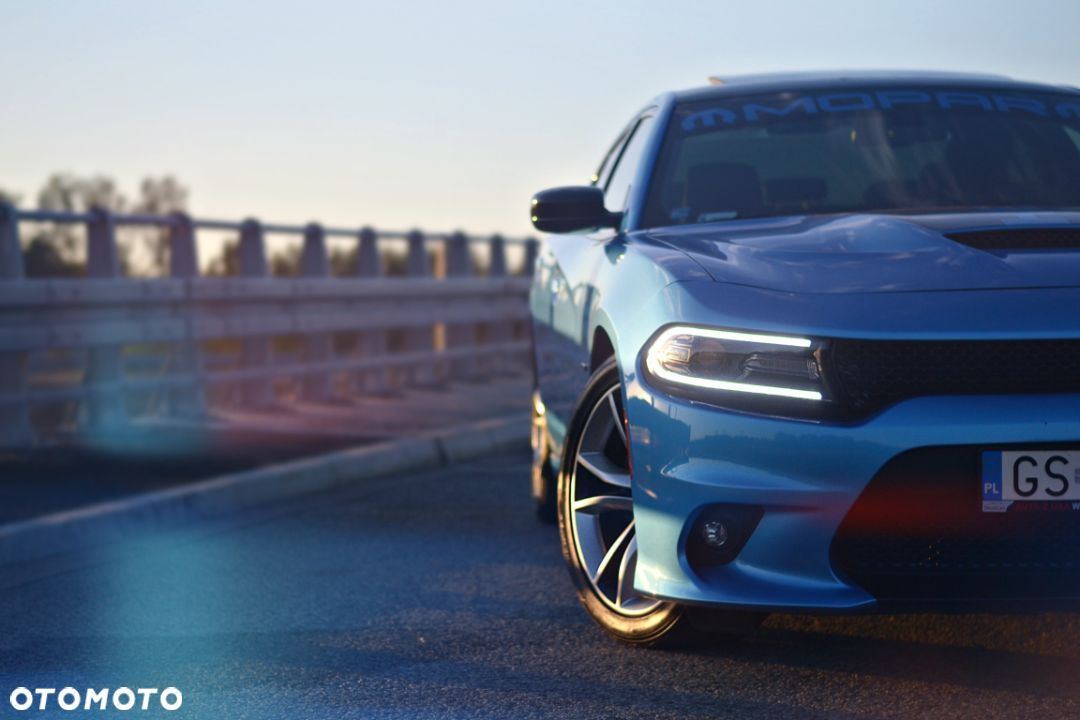 Dodge Charger r/t - 4