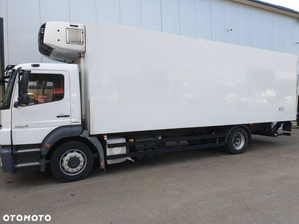 Mercedes-Benz Axor 1824 Euro 5  Manual Na poduszce Carrier 950 - 10