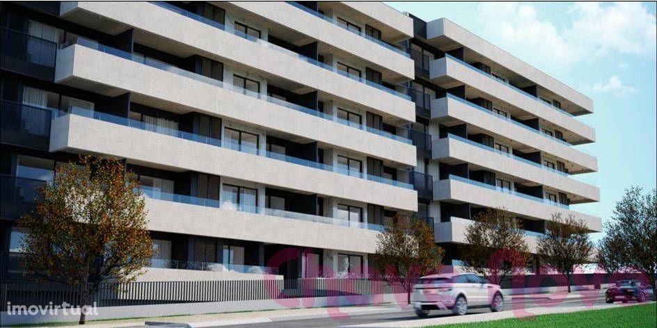 Apartamento T2, novo, junto ao El Corte Inglês