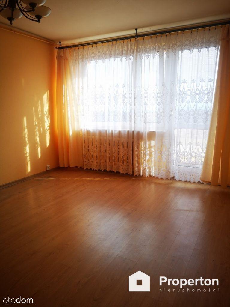 Mieszkanie 3 pokoje 60 m2 oś.Świętokrzyskie