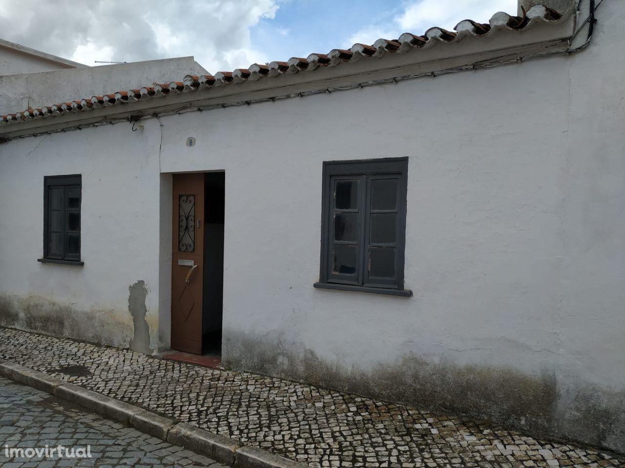 Casa térrea T3 | Santa Vitória