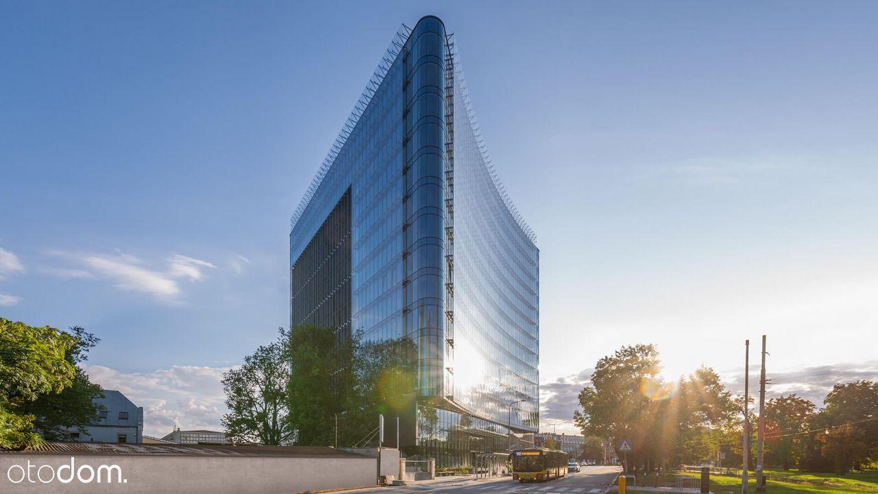 Carbon Tower | Quickwork w biurze serwisowanym