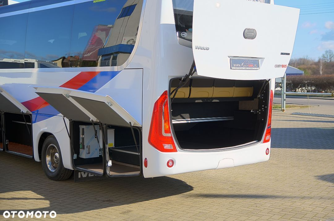 Iveco Cuby 70C HD Tourist Line Winda 31+1+1 No.415  Cuby Iveco 70C HD Tourist Line Winda 31+1+1 No.415 - 37