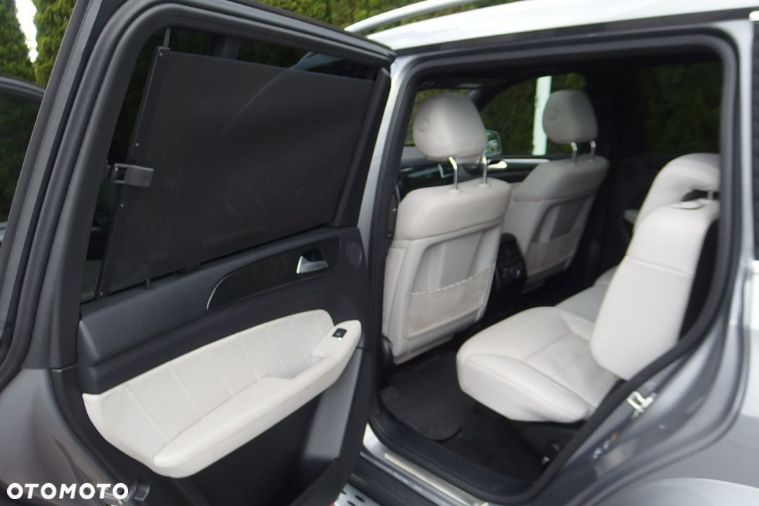 Mercedes-Benz GL 350 AMG Sportpaket Airmatic Panorama Dach DISTRONIC Night Vision - 12