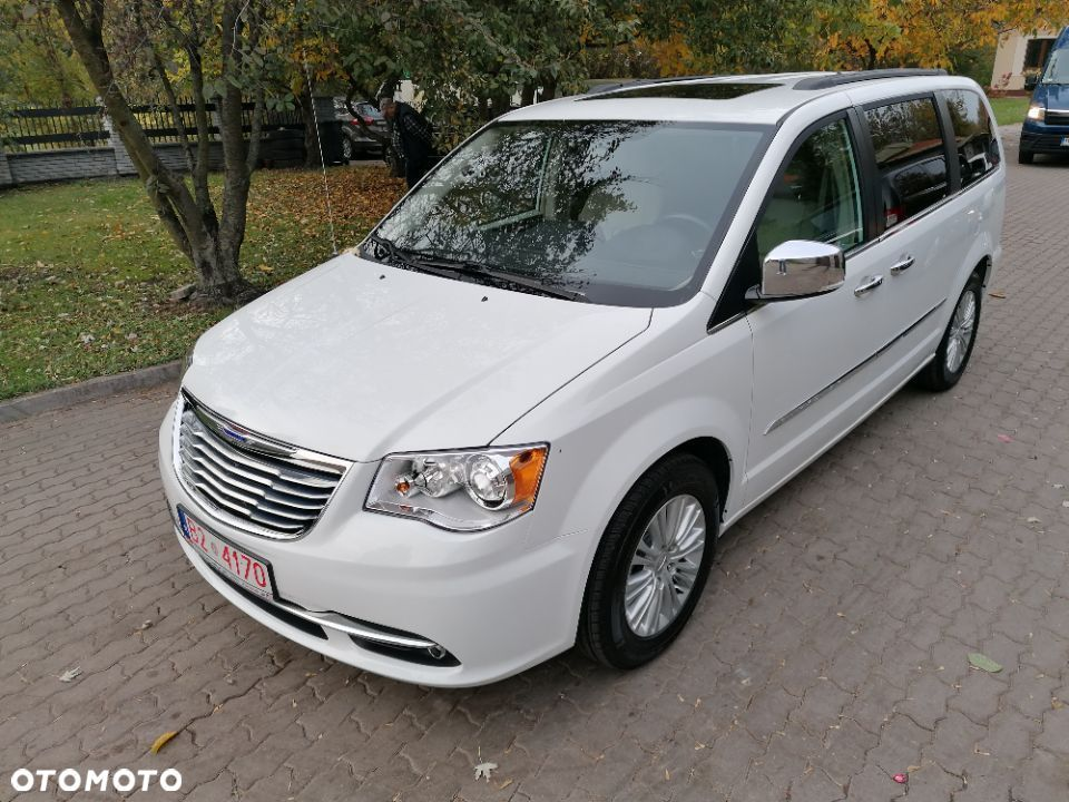 Chrysler Town & Country Anniversary Edition Max!!! F ra VAT 23% Leasing 60 aut w ofercie - 1