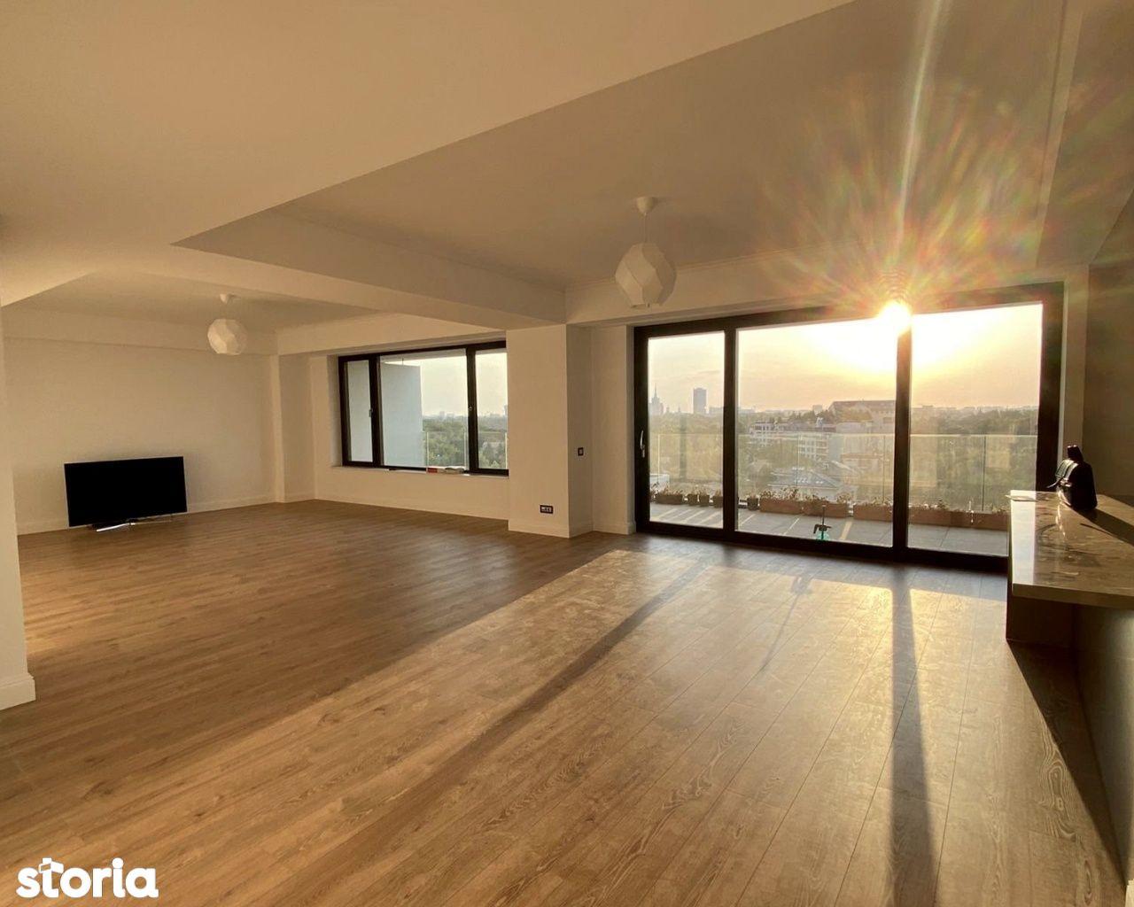 Apartament cu 5 camere si 2 terase 300 mp GAFENCU 49