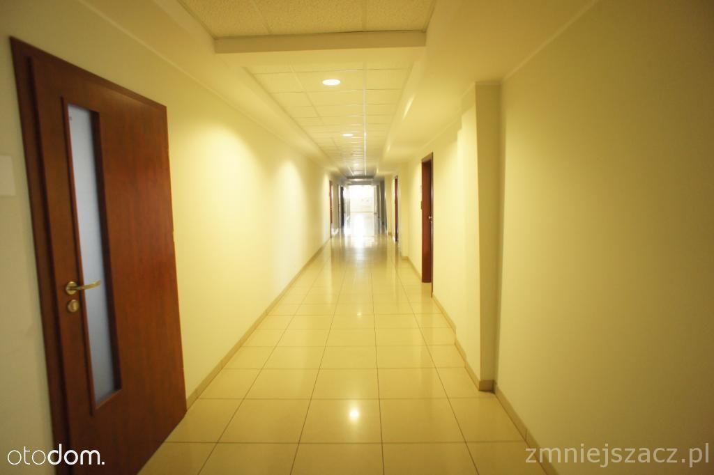 Lokal użytkowy, 105 m², Poznań