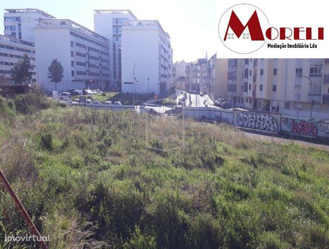 Terreno de BANCA em Lisboa / Amadora - FAÇA SUA PROPOSTA!