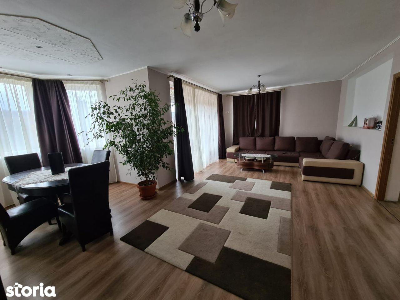 Casa cu etaj de vanzare Corunca, Mures