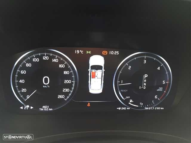 Volvo S90 2.0 D4 Momentum Geartronic - 8