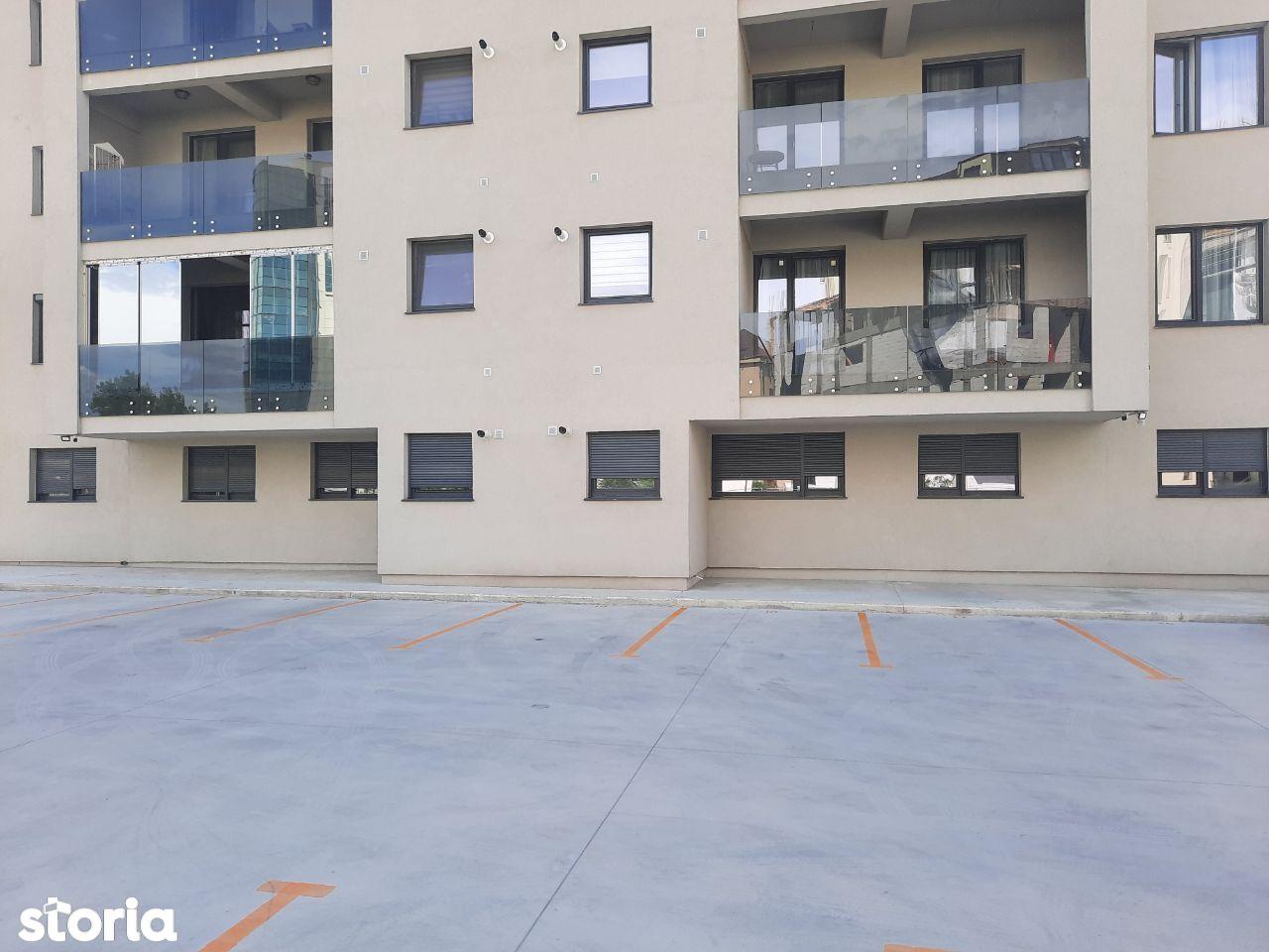 3 Decomandate Sala Polivalenta Bloc Nou 2020 (Loc de parcare privat)