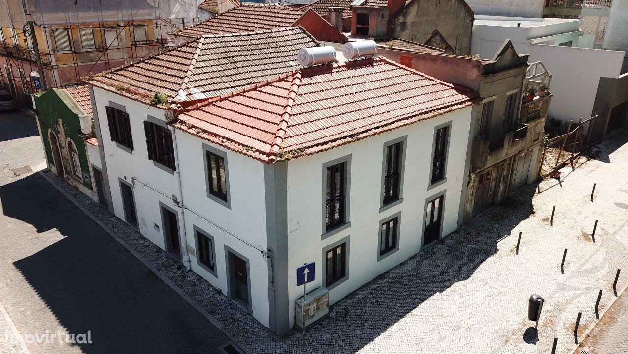 Moradia Remodelada T2 Centro do Barreiro -Vista Rio- Lisboa