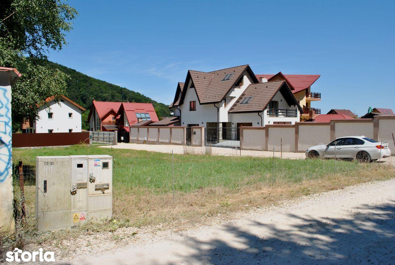 Teren pretabil casa Bunloc 570mp (Utilitati)